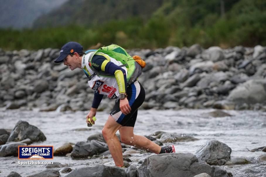 Start of the Speights Coast to Coast Mountain run, 2014 (Credit: Sportzhub.co.nz)